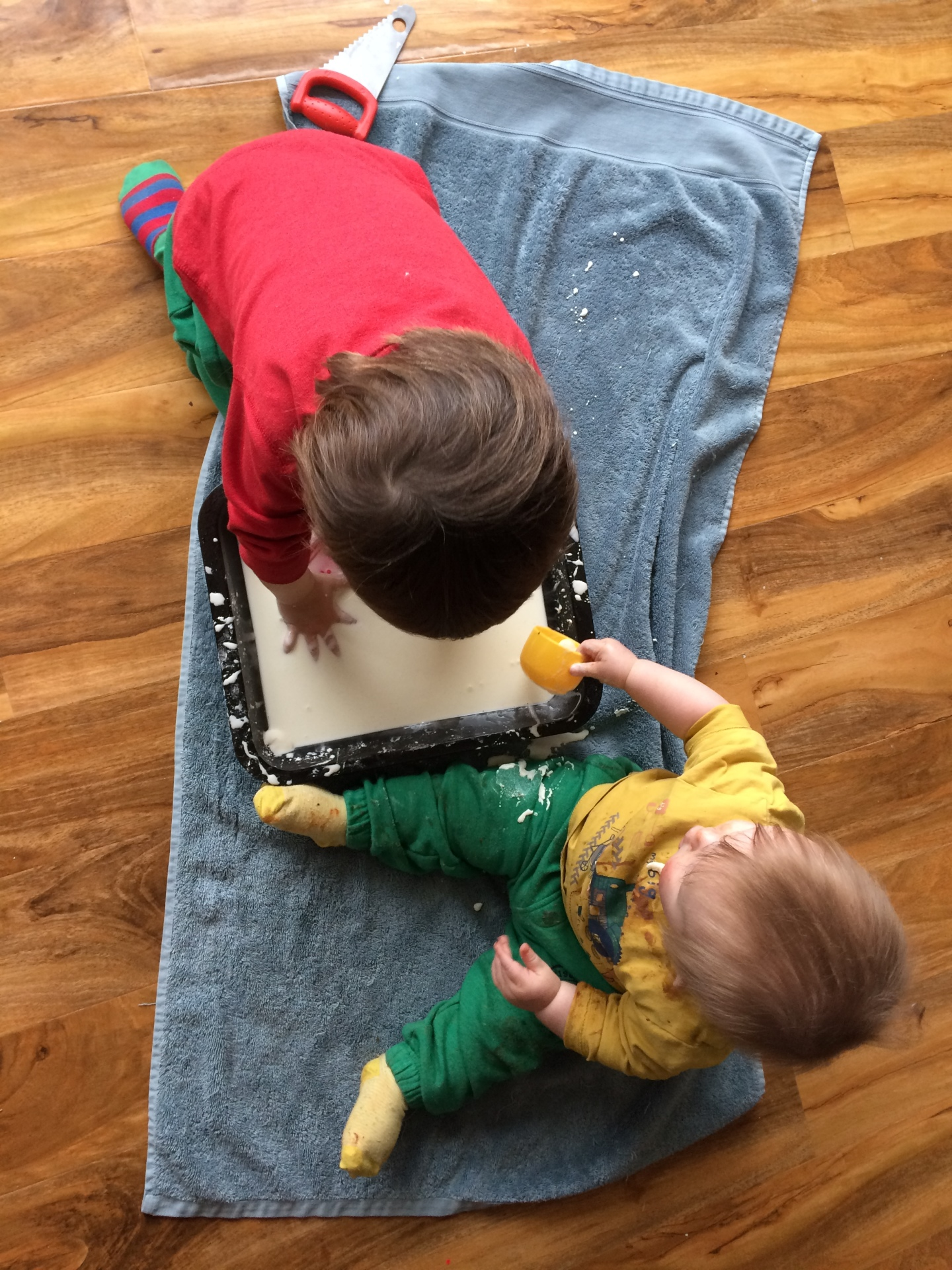 Sensory Play for Babies and Toddlers - Easy to do tips for home