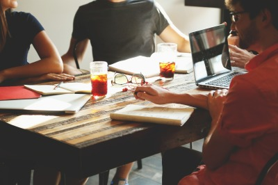 team building motivational speaking