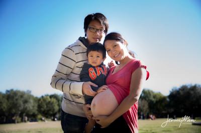 Jenny Lao's Pregnancy Photos & Family Portraits