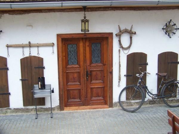 Eingang Steinernes Apartment/Entrance Stone Cottage