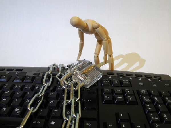INTERNET PREVARE – kako da ne nasednete na prevaru