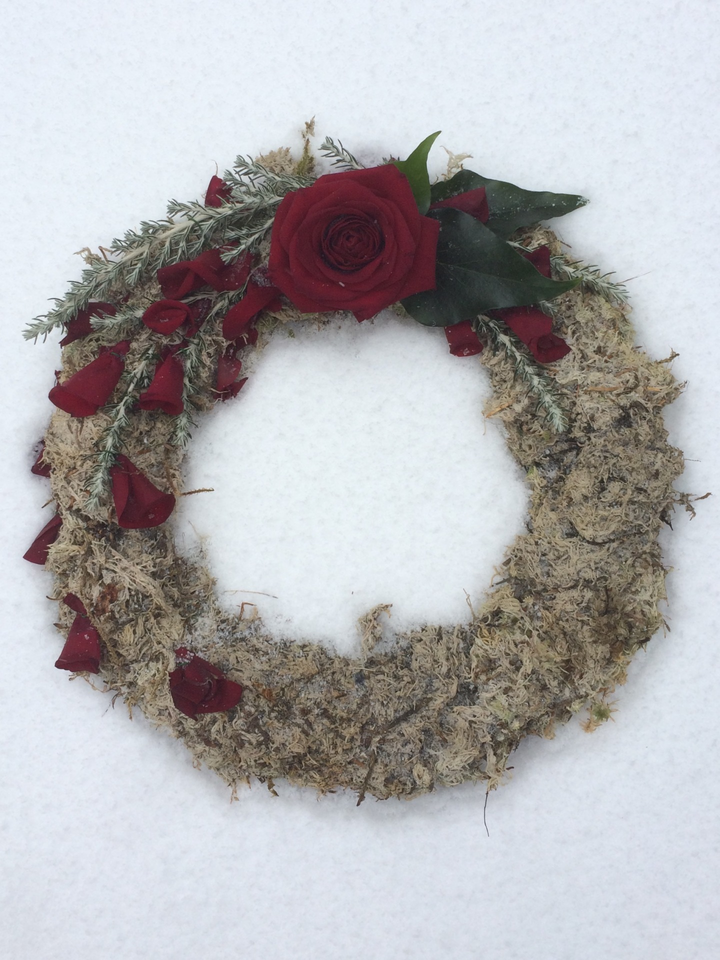 Red Rose Contemporary wreath