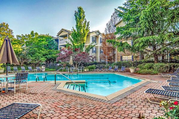Hillmont Condominiums | Area 2