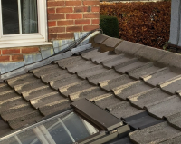 Roof repair broken tiles