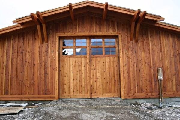 Rough Sawn Knotty Cedar Overhead Garage Door