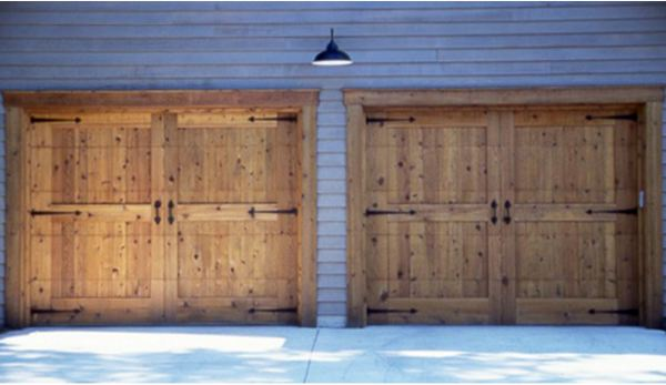 Rough Sawn Knotty Cedar Overhead Garage Doors