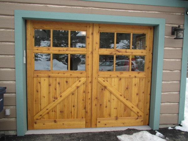 Rough Sawn Knotty Cedar Overhead Garage Door