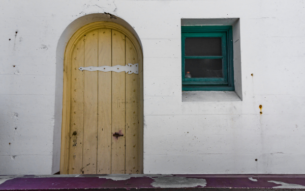Malibu Doorway