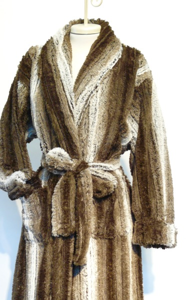 FAUX FUR LIGHT WEIGHT AND SOFT $240.00