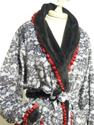 ROBE MINKY MICRO FIBER $225.00 lace (silk trim)