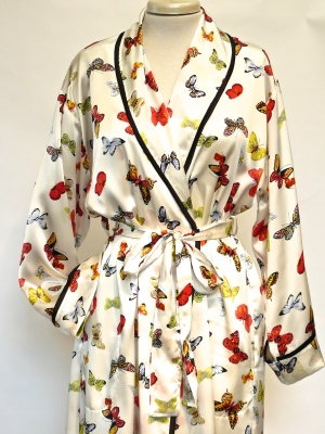 SILK ROBE CLASSIC WITH PIPING $425.00 butterfly