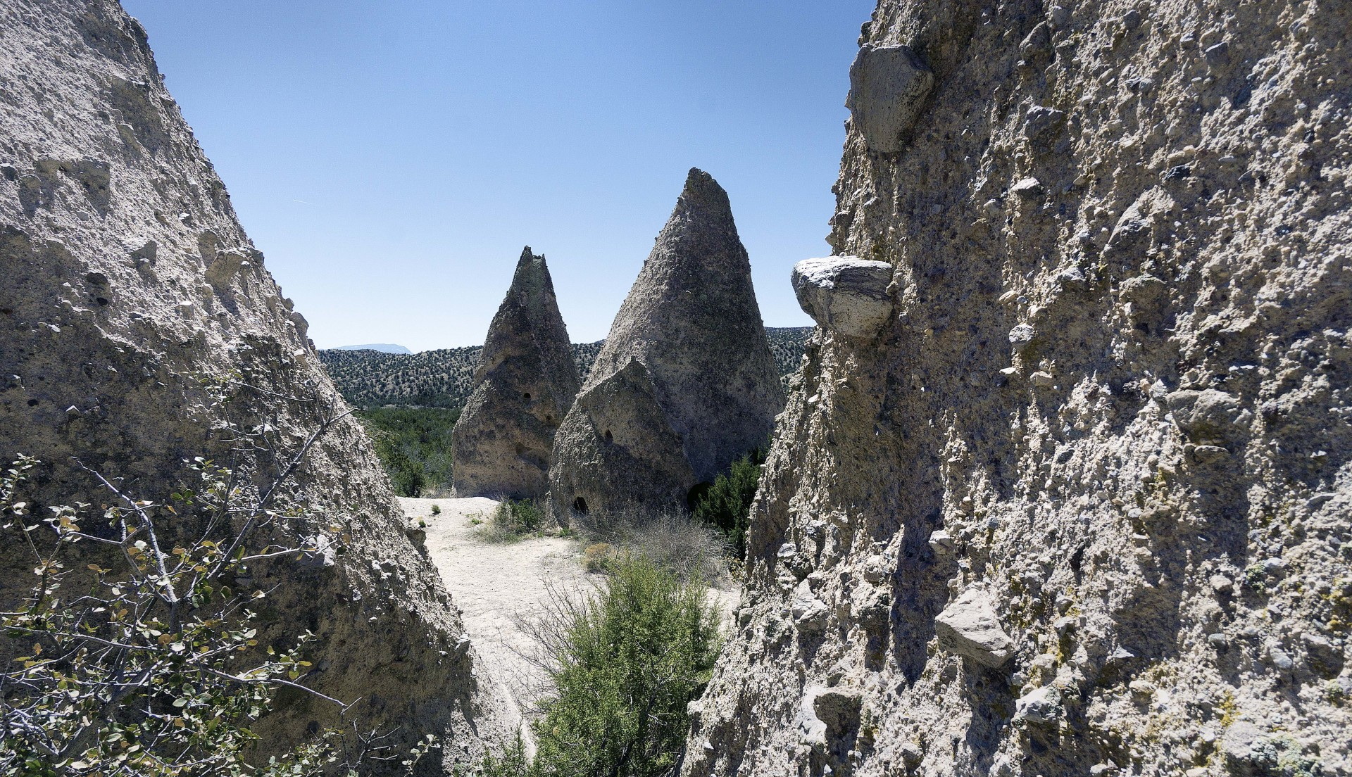 looking through the tent rocks on the lower trail