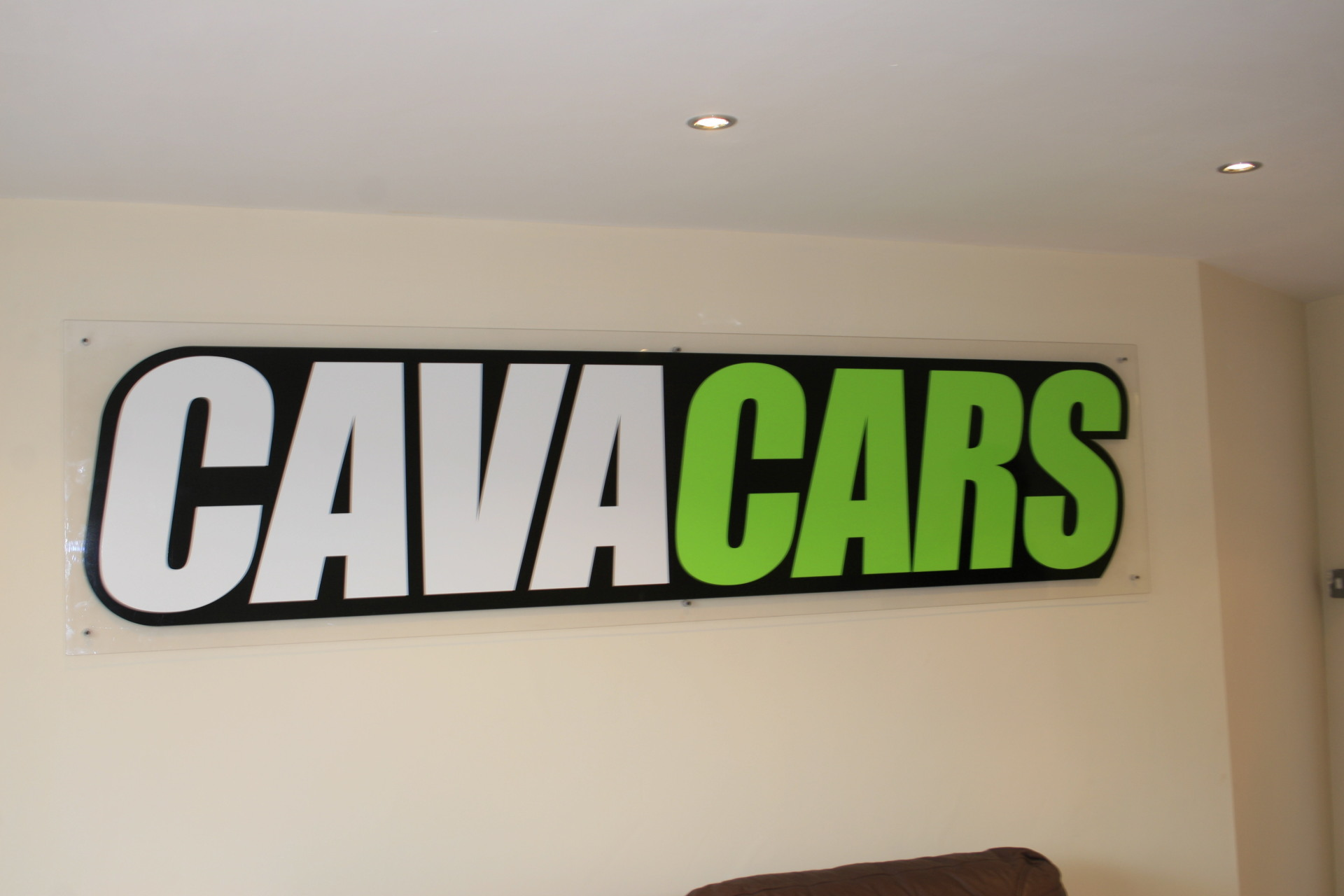 hull graphics, graphics hull, van graphics,  shop signs, window graphics, graphics, signs, Sign Makers, Sign Maker, Shop Front Signs, Illuminated Signs, Poster Frame, Poster Frames, Light Boxes, Sign Making Supplies, Sign Manufacturers, Bespoke Signs