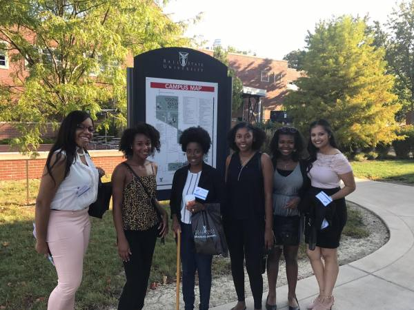 IUN Kourtney Givens, Adeola Oladeinde, Praniece Nicholson, Deamontria Robinson, Julia King, Kamaljeet Singh. Photo by James WIlliam Wallace Jr