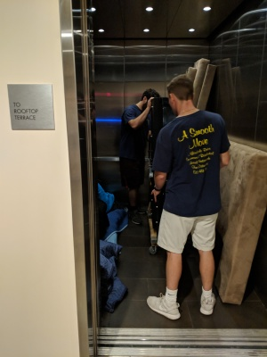 3 Tips for Moving Into a Building With an Elevator