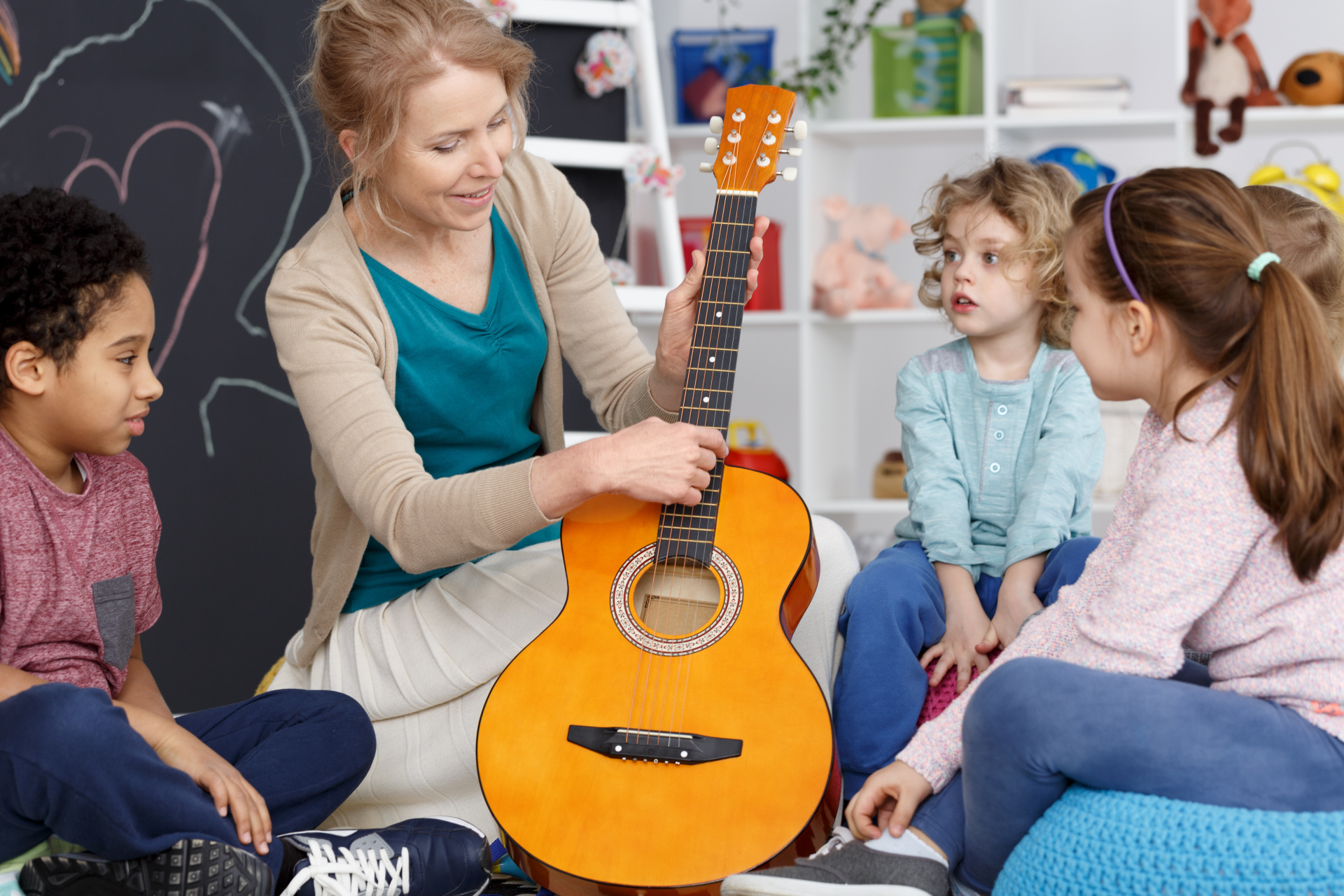 Group Guitar Lessons, Recorder Lessons, and Violin Lessons