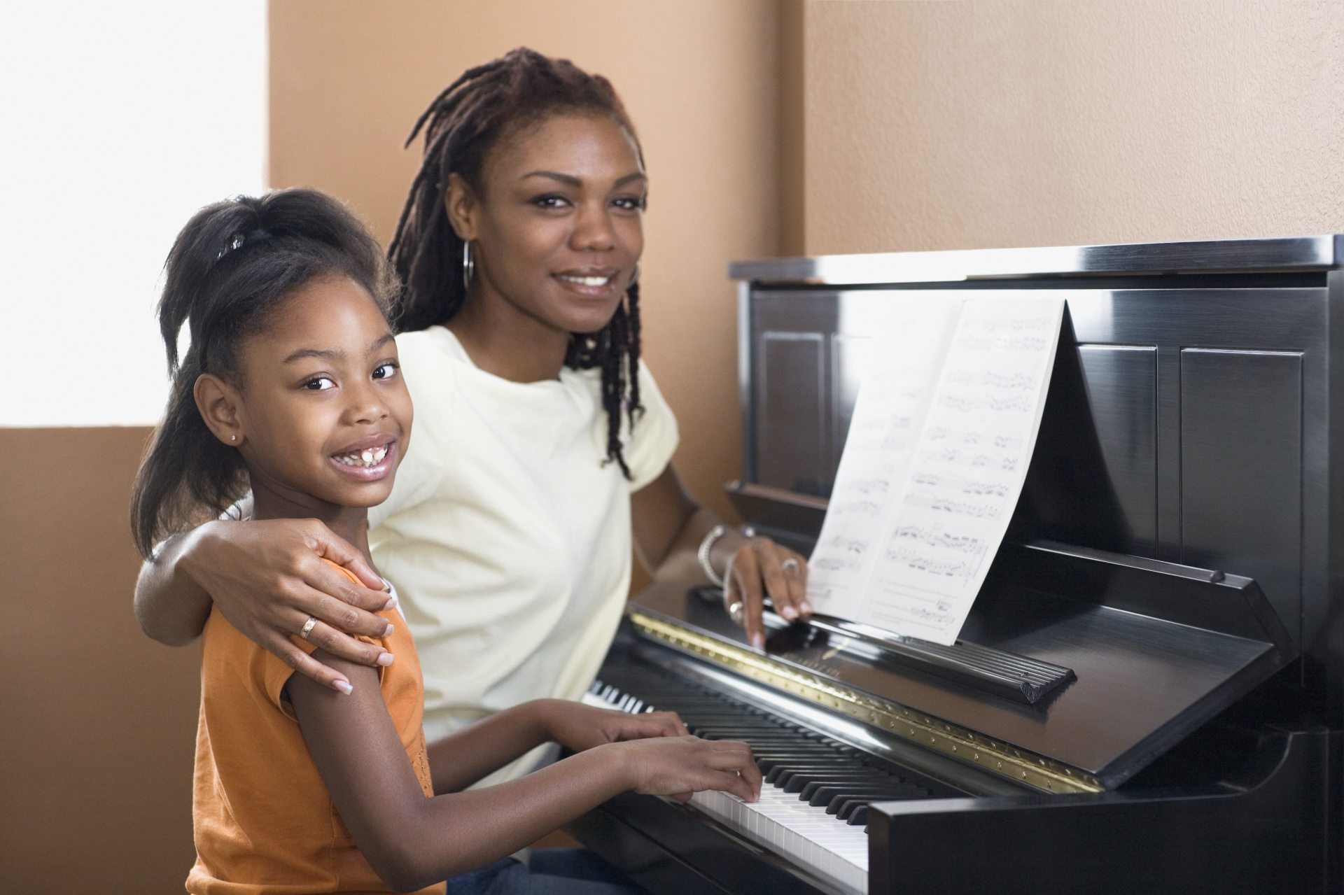 Piano Lessons at Language and Music House
