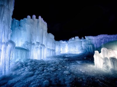 Visit The Ice Castles