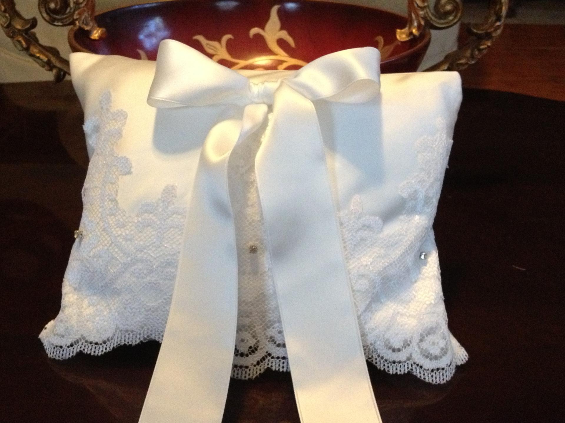 Custom Ring Pillow