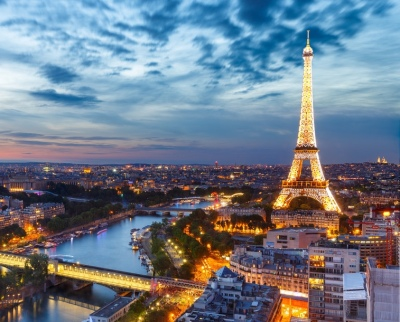 I am a highschool student and I want to go to France for the summer in full immersion