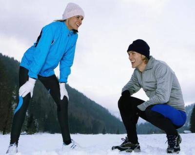 active couple in mountains benefit with elk velvet antler supplement