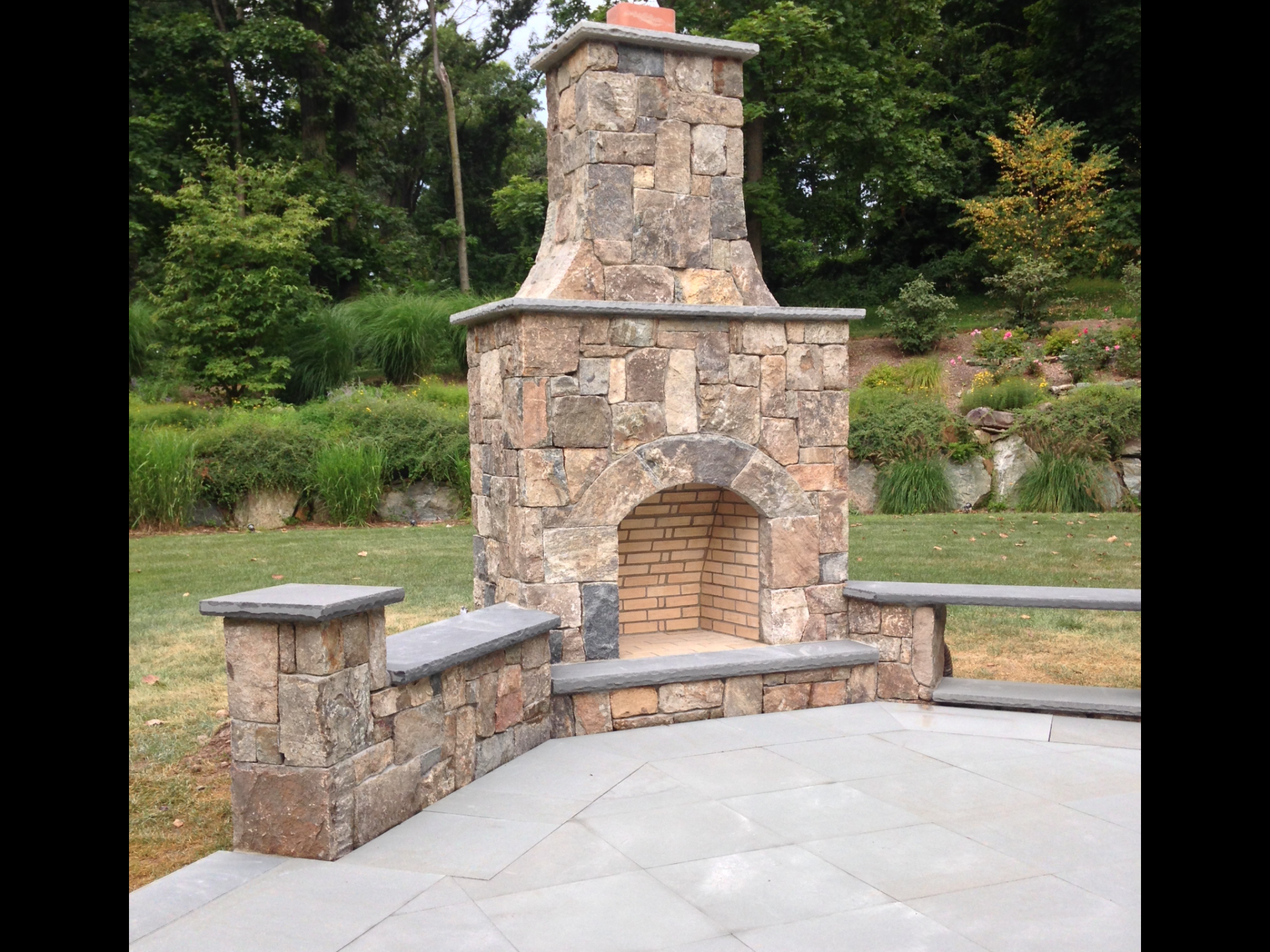 OUTDOOR KITCHENS, FIRE PLACES, & FIRE PITS in Chatham, NJ