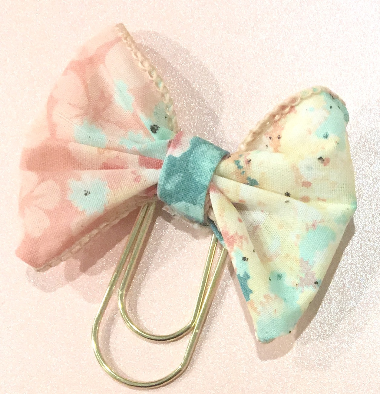 Pink/Aqua Floral Bow/Wide Gold Paperclip