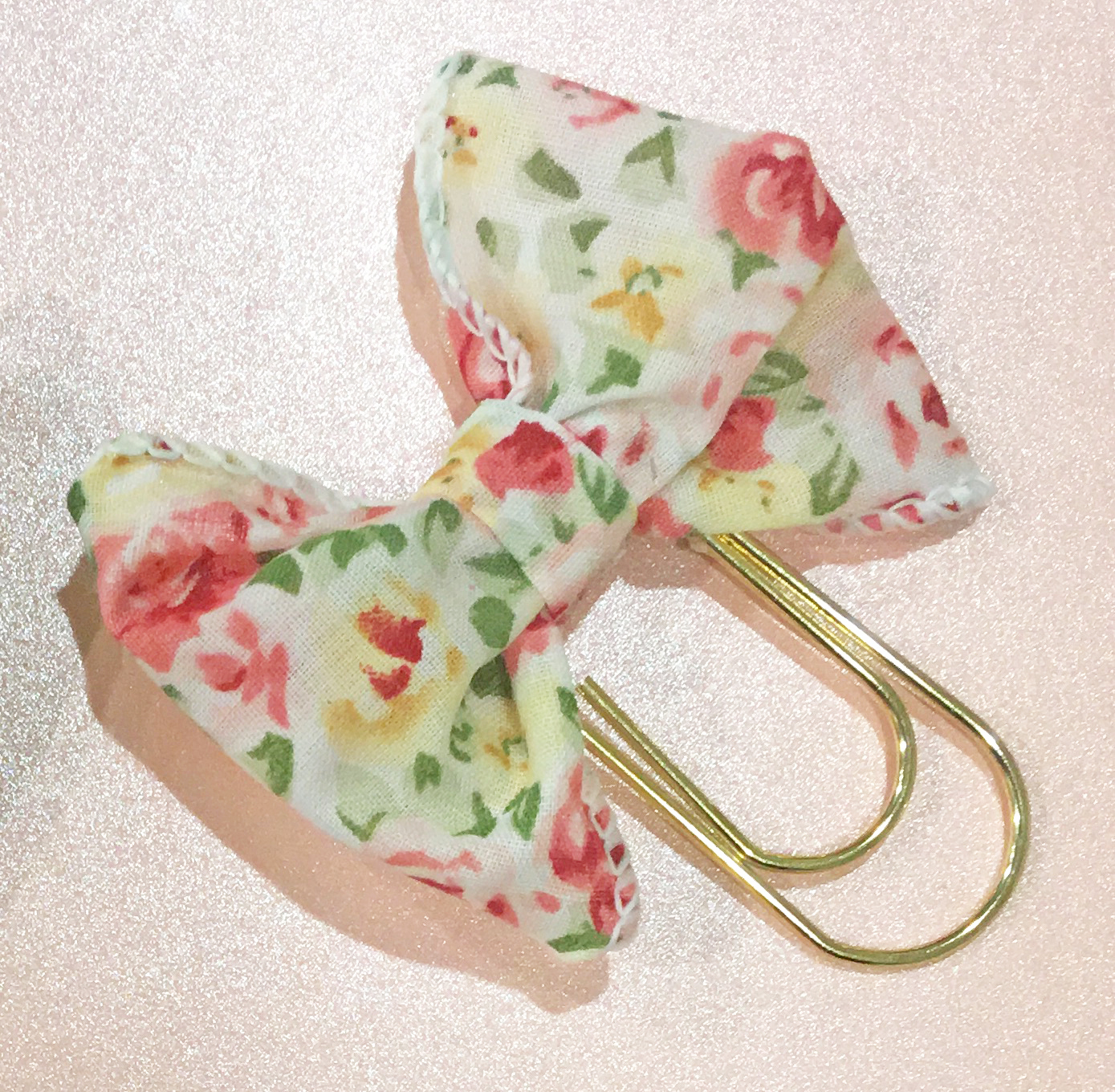 Pink Floral Bow/Wide Gold Paperclip