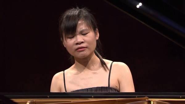 Rachel Cheung                   Student of Piotr Paleczny