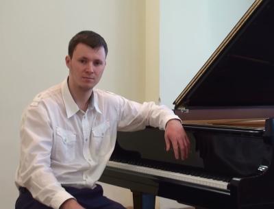 Vitalii Sinelnikov