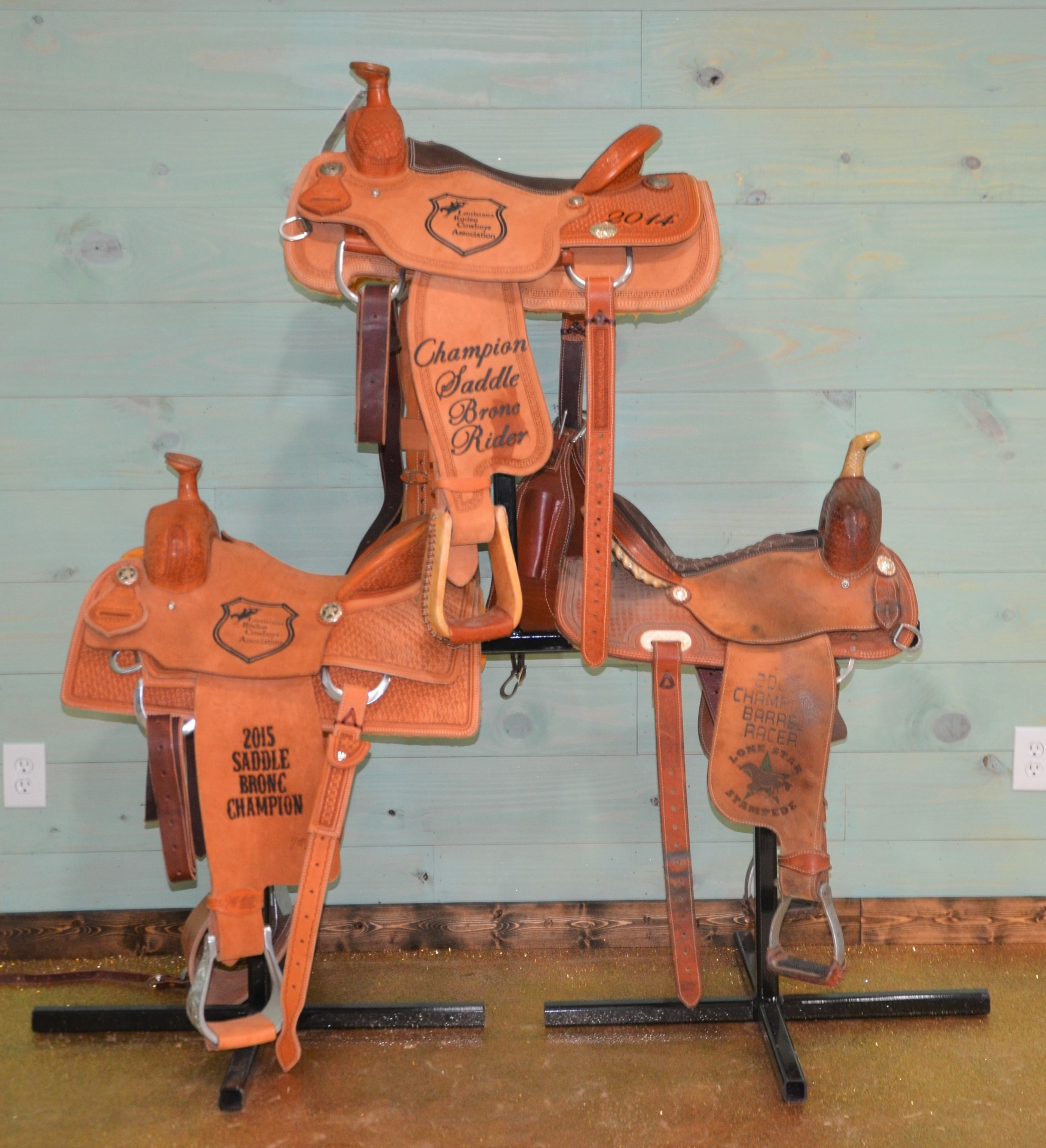 3 Saddle Rack