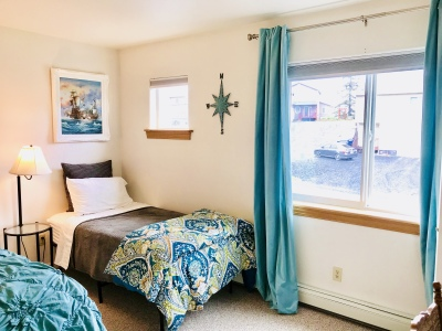 Extra Bed in Master bedroom