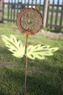 Seeder Flower   $25