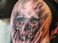 broken skull Tattoo