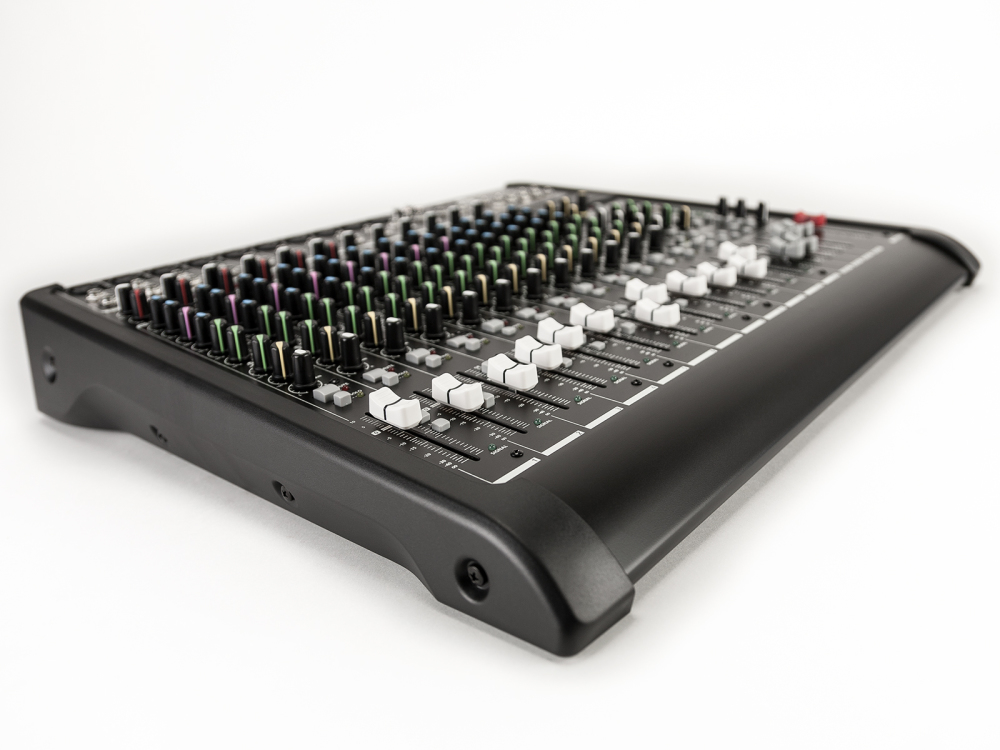 Product Feature - RCF LPad 16USB