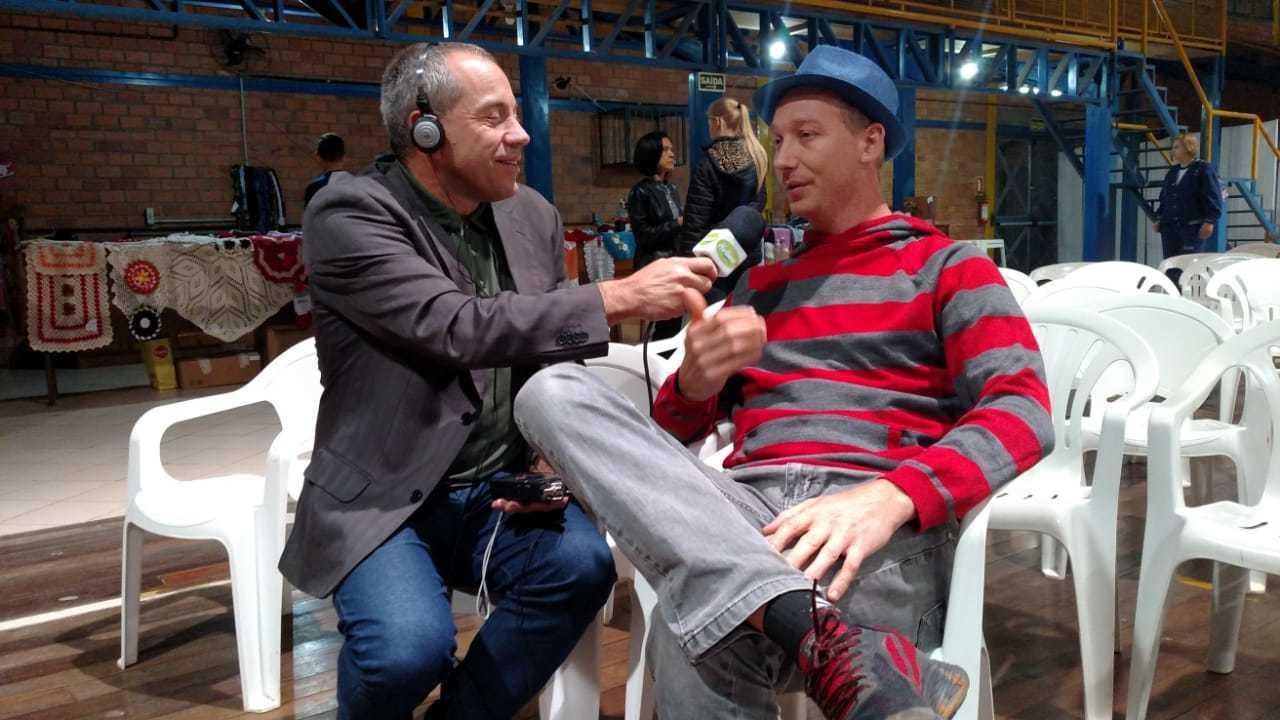 Entrevista com o ator Cris Schenckel