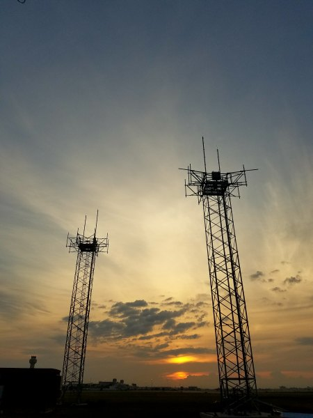 West Palm Beach, Florida      40-Ft Free Standing Towers