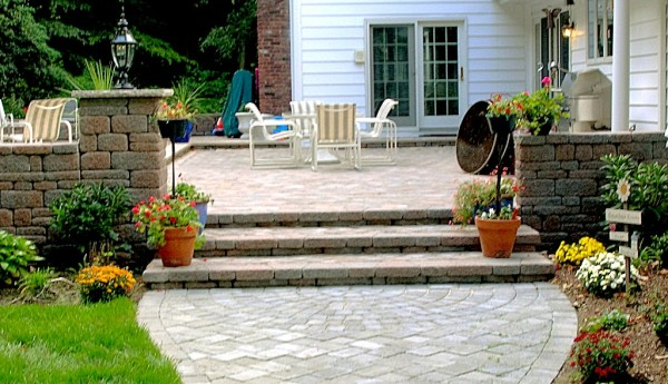 Paver Walkway up to Raised patio