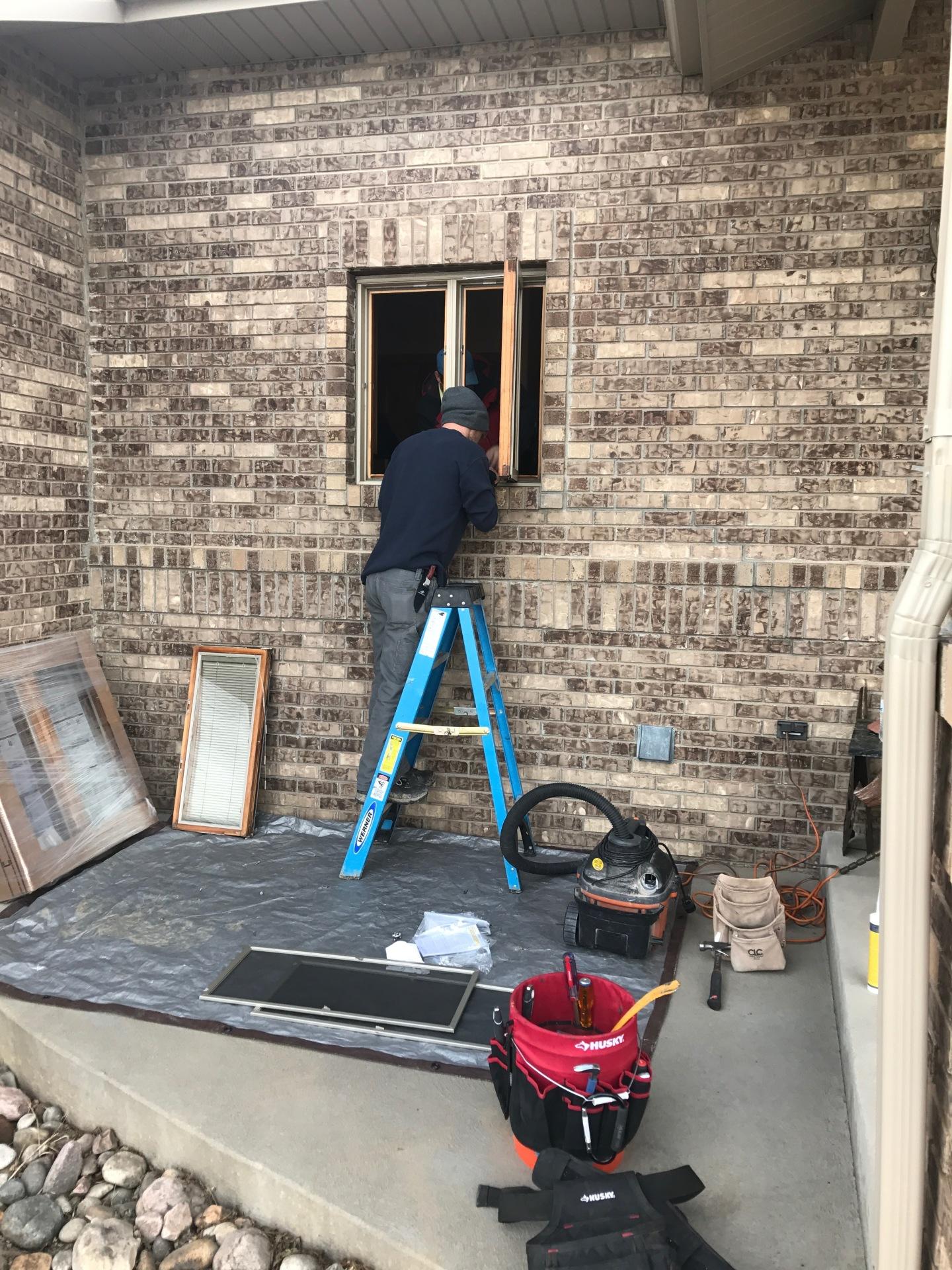Pella window replacement