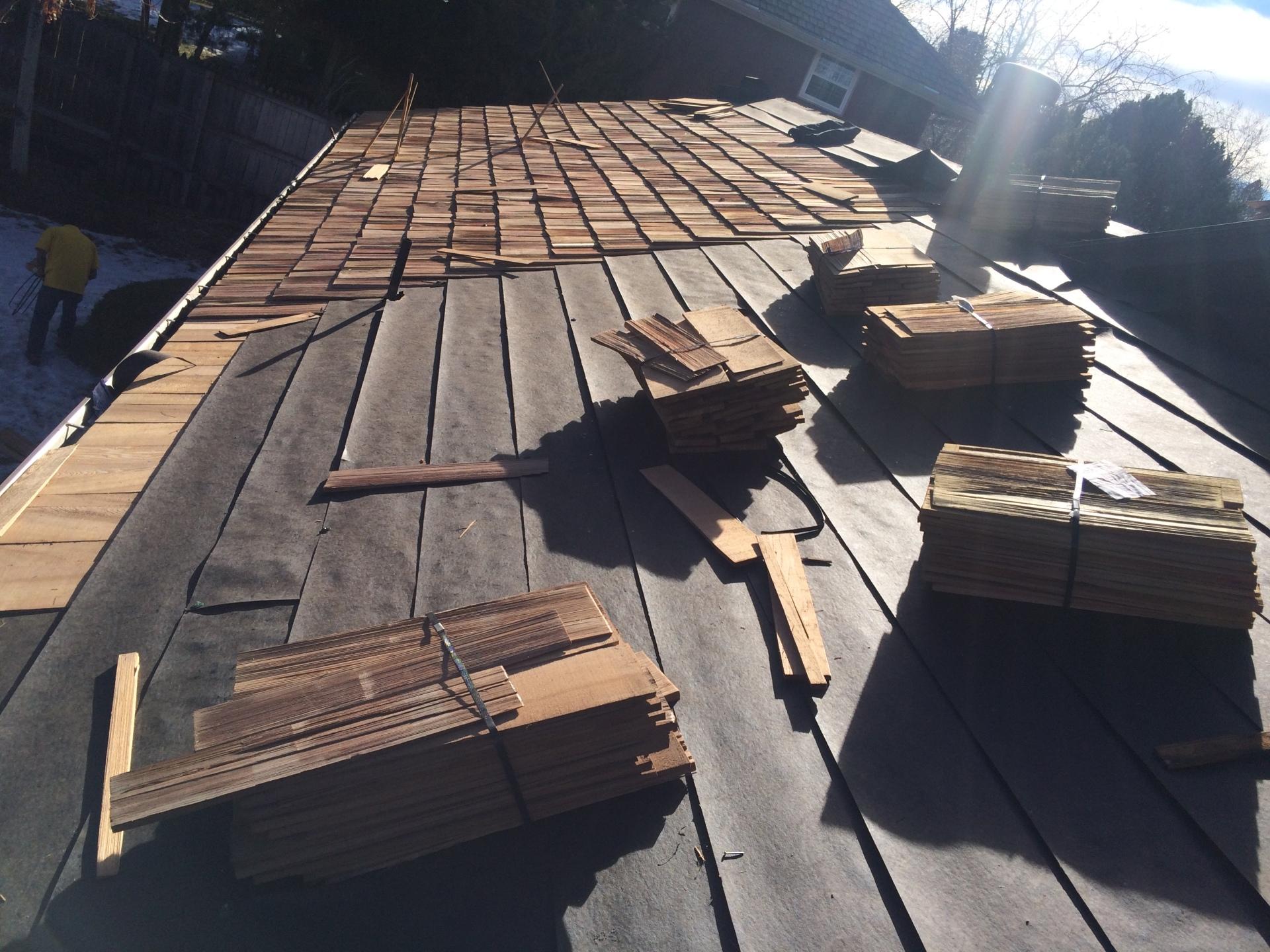 Installing woodshake