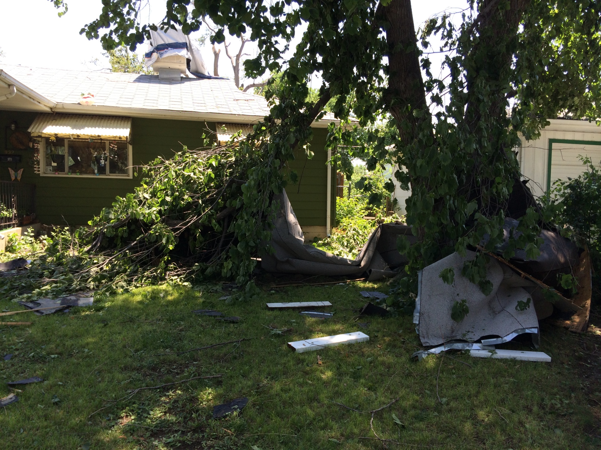 Major clean up after a storm hits Aurora, CO