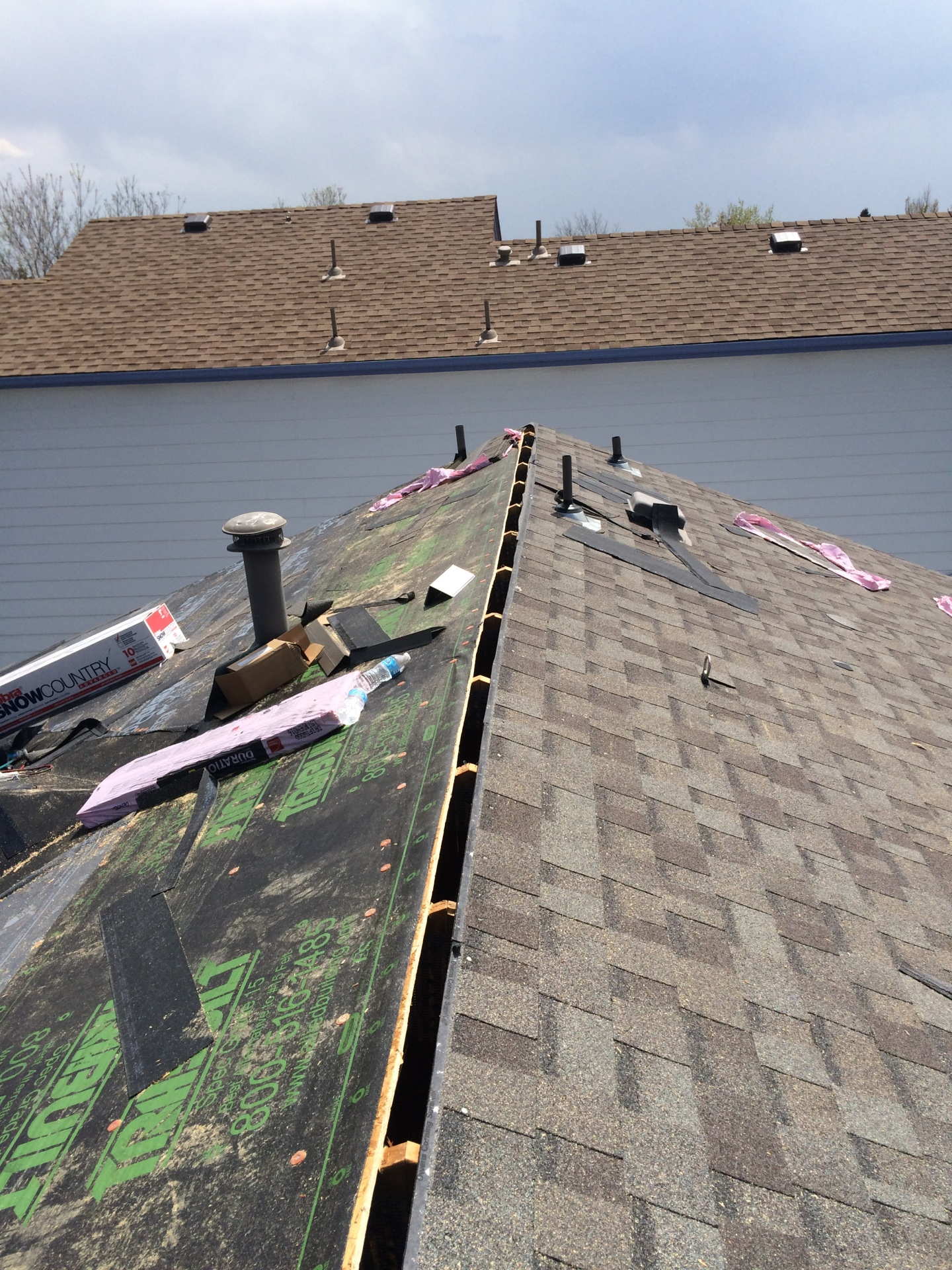 """New ridge vent install, cutting in 2"""" for ridge venting system"""