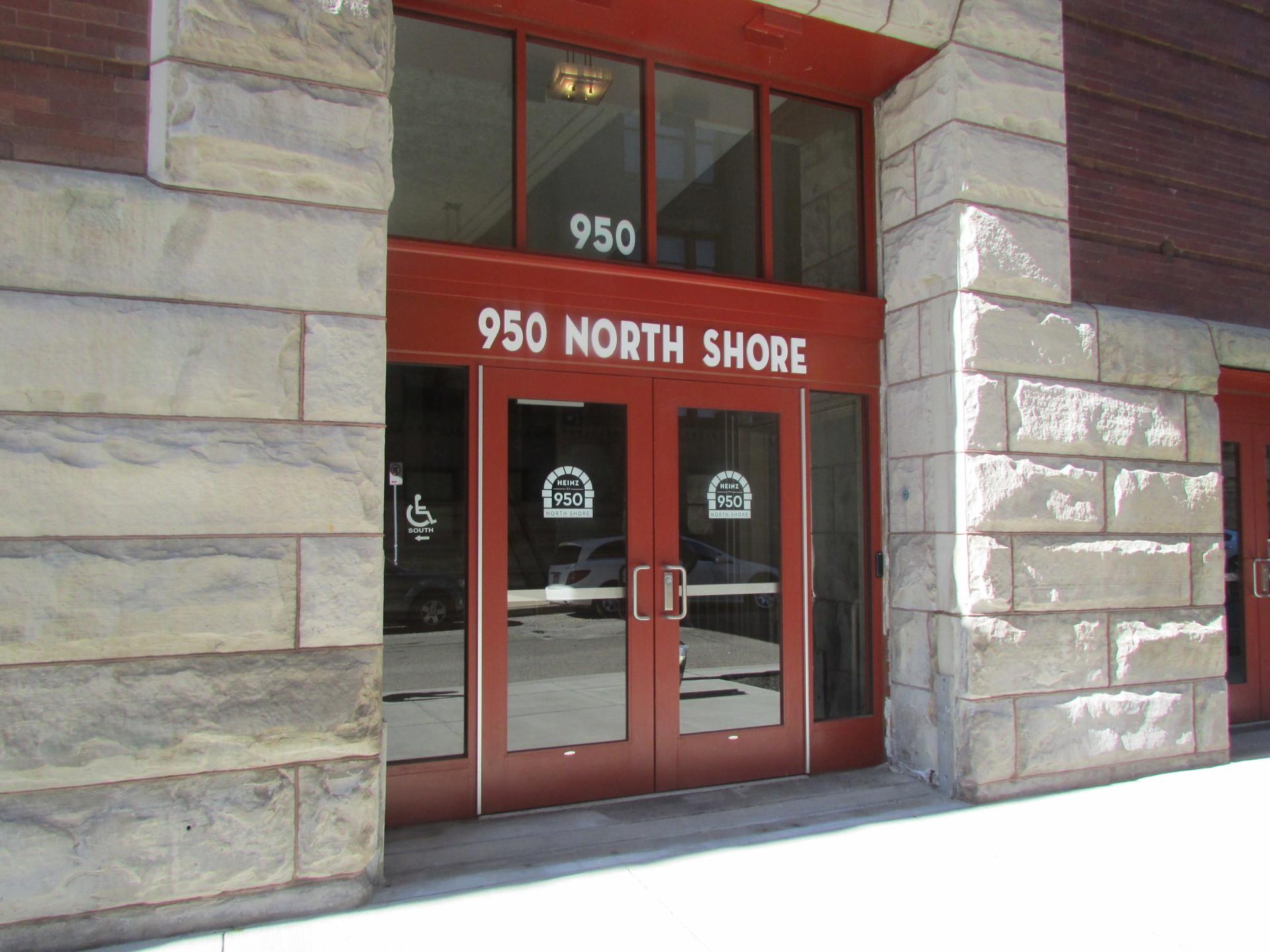 950 NORTH SHORE