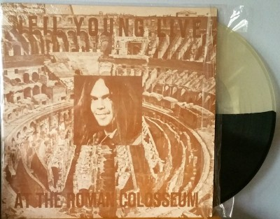 NEIL YOUNG  - AT THE ROMAN COLOSSEUM   Spaceward 500035