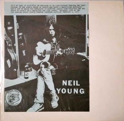 NEIL YOUNG  LIVE AT THE L.A. MUSIC CENTER