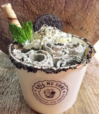 Oreo cookies and cream rolled ice cream cup