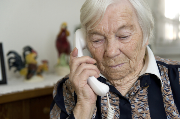 New Elder Abuse Scam : Con Artist Calls You And Makes An Appointment To Come Right To Your Door