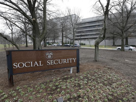 Social Security Recipients To Get A 2% COLA Increase In 2018