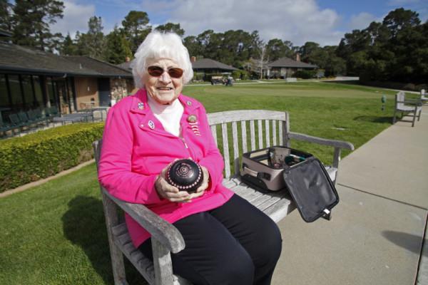 Centenarian Gets Lawn Bowling Award At Del Mesa