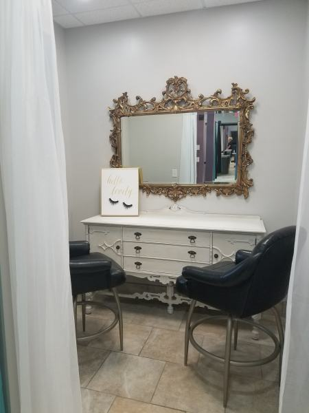 Make Up Treatment Room